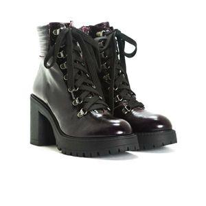 NIB Leather Chunky sole lace-up military boots